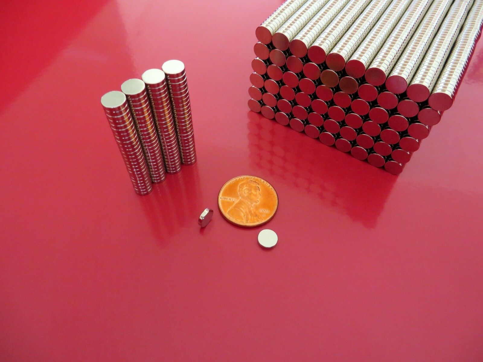 100 Strong Rare Earth Neodymium Disc Magnets 1/4  x  1/16 inch  New