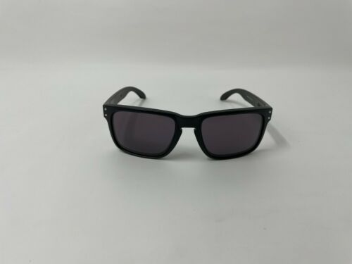 Oakley Holbrook OO9102-01 Matte Black Frame w/ Warm Gray Lens