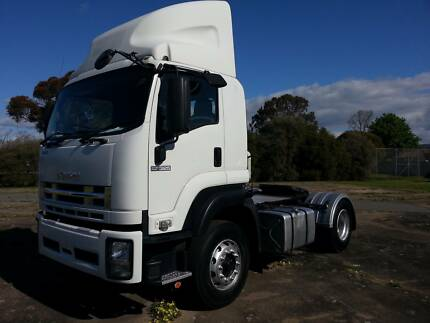 isuzu gxd 325 hp air bag low klm prime mover Yarraville Maribyrnong Area Preview