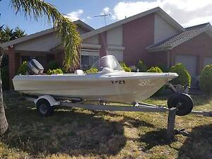 Swift Craft runabout fishing boat - 40hp Yamaha - Great condition Roxburgh Park Hume Area Preview