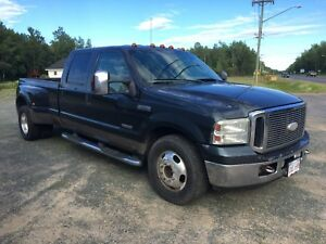 —WEEKLY DEAL— 2006 FORD F-350 LARIAT DIESEL DUALLY 2x4