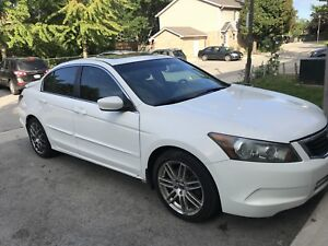 Iam seling 2009 Honda Accord very good condition