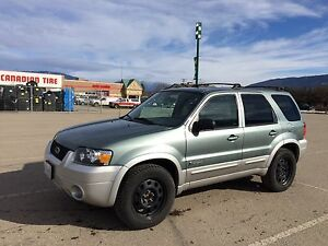 Reduced 2005 Escape Hybrid AWD low kms
