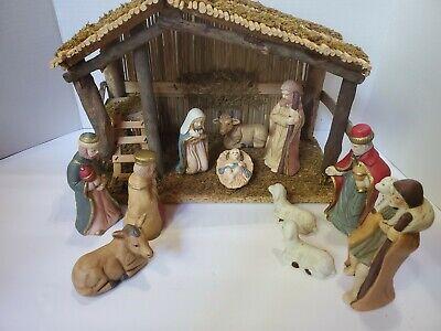 Vintage Sears Nativity Set #97889 includes wooden stable & 11 Porcelain Figures