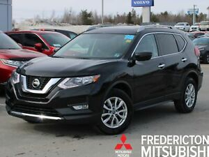 2018 Nissan Rogue SV AWD | HEATED SEATS | BACK UP CAM | SUNROOF