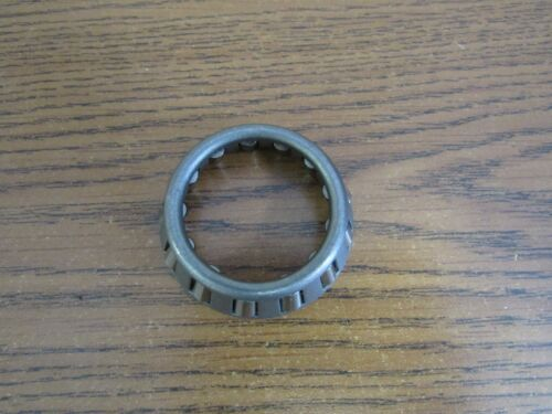 JOHN DEERE B 50 520 530 TRACTOR STEERING WORM SHAFT BEARING JD7396   9073