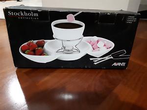 Brand New  Avanti Ceramic Chocolate Fondue Set Bassendean Bassendean Area Preview