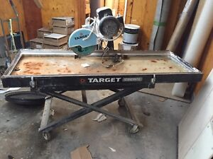 Portable commercial grade wet saw
