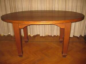 Maple table Woolloomooloo Inner Sydney Preview
