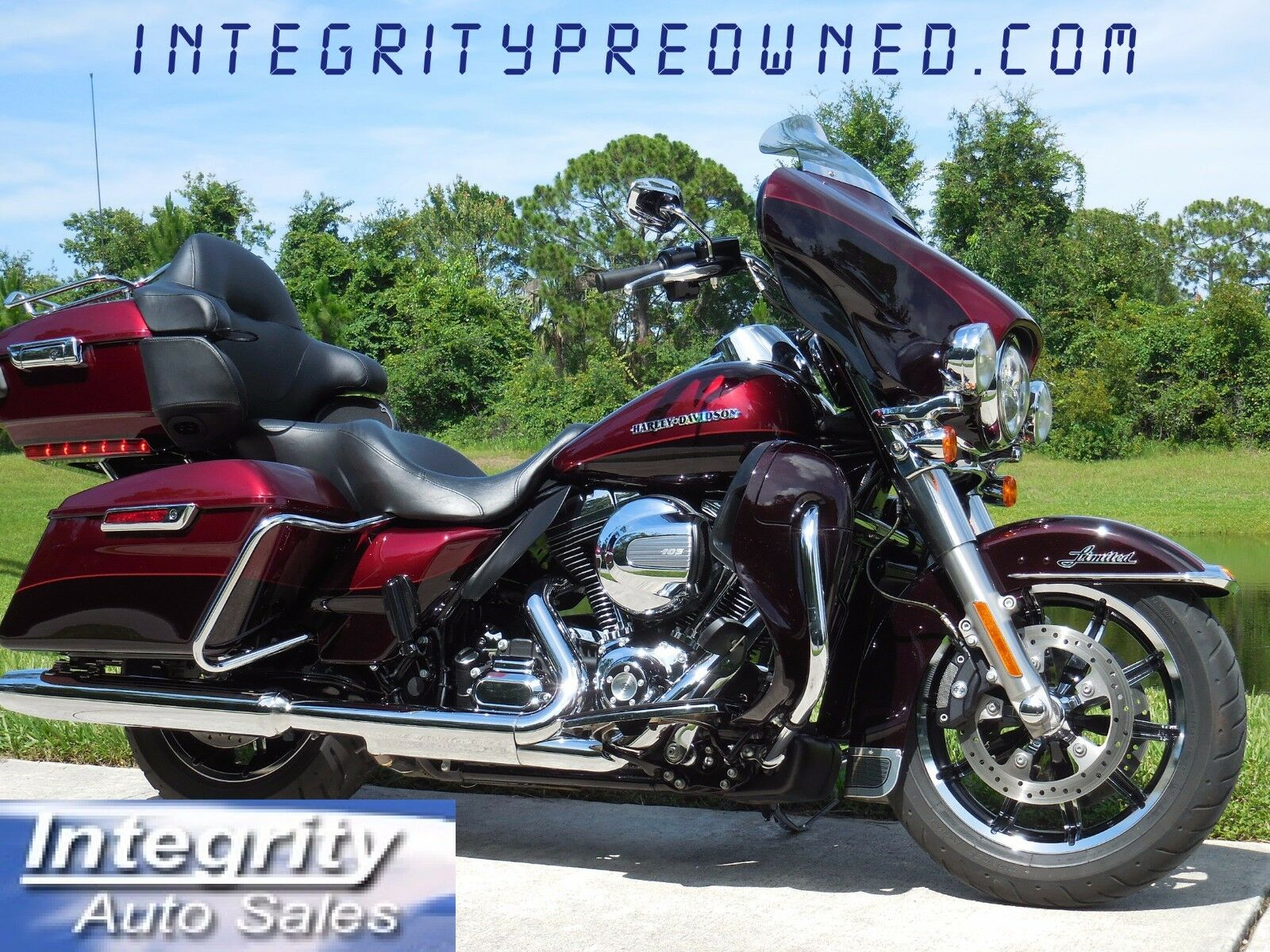 2015 Harley Davidson FLHTKL Limited LOW Only 7700 Miles Like New condition!!!!!!