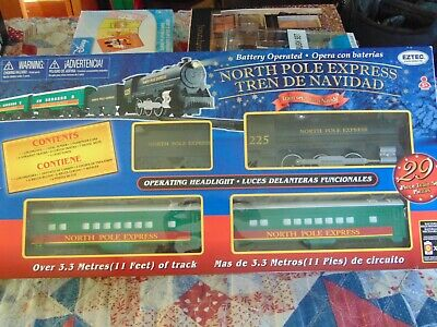 EUC, EZTEC, NORTH POLE EXPRESS, CHRISTMAS TRAIN SET. 29 PCS.