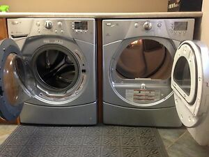 Whirlpool Duet Washer and Dryer Kitchener / Waterloo Kitchener Area image 2
