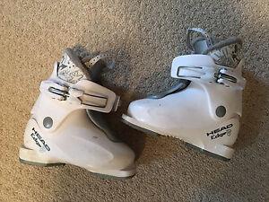 Kids ski boats shoe size 11(17.5)