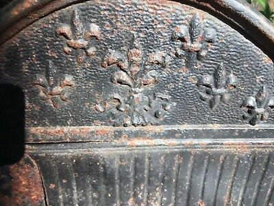 ANTIQUE Fleur-de-Lis CAST IRON FIREPLACE WOOD / COAL BOX GRATE LOG HOLDER INSERT