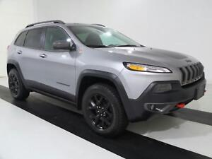 2017 Jeep Cherokee TRAILHAWK | NAVI | PANO ROOF | FORMER CO CAR