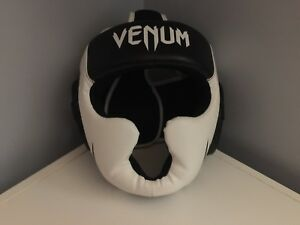 Venum one size fits all boxing headgear