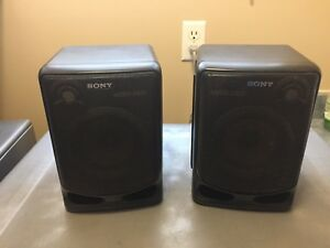 Sony Bookshelf / Portable stereo Speakers  CFD-540 Replacements