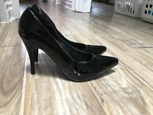 Beautiful Black patent  heels for sale!