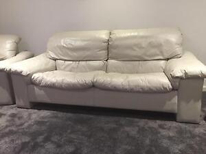 leather lounge suite Floreat Cambridge Area Preview