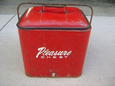 Vintage 1950 Original Metal Galvanized PLEASURE CHEST Cooler Coke Red Ice Chest