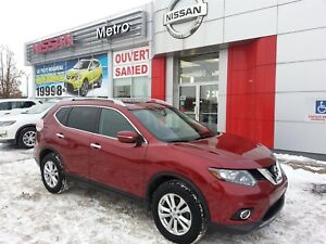 2015 Nissan Rogue SV AWD 4X4 TOIT OUVRANT