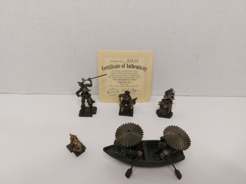 Hawthorne Village The Medallion Calls Black Pearl Figures Complete Set Ship
