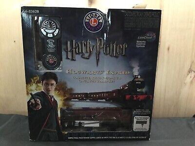 Lionel Harry Potter Hogwarts Express LionChief Train Set 6-83620 Open Box