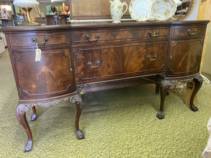 "Chippendale Buffet Sideboard 68""x38""x22"" Hand Carved Legs with Claw Ball Feet"