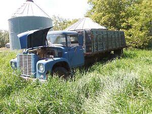 1967 international grain truck