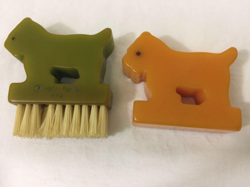 """VTG Pair Bakelite Scottie Dogs Butterscotch & Green 5/8"""" Thick Fingernail Brush"""