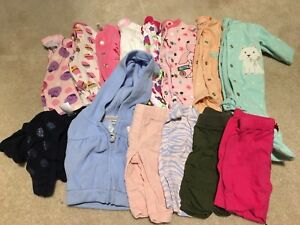 130 items/GIRL and NEUTRAL baby clothes/Newborn to 3 months