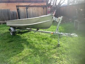 Aluminum boat with trailer