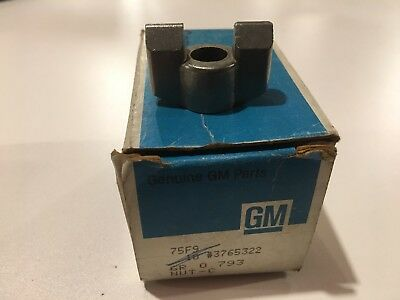 (NOS GM # 3765322 (1967-1972 ) CHEVY TRUCK CLUTCH FORK PUSH ROD NUT (QTY-1))