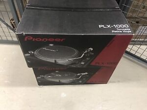 Pioneer PLX 1000 x2 and Shure White Label x2