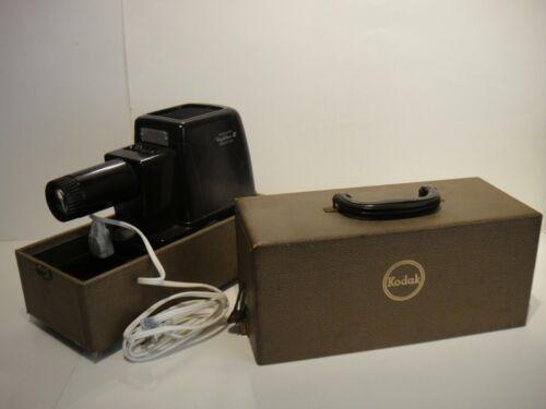 Vintage Kodak Kodaslide Highlux 3 Slide Projector in Case Excellent Bakelite