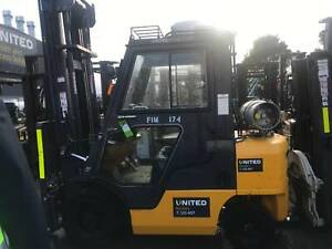 2.5T NISSAN FORKLIFT - FULLY ENCLOSED CABIN WITH AIR CON!! Welshpool Canning Area Preview
