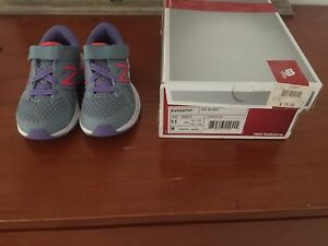 Girls size 11 BNWT new balance RRP $80 - $40 North Lakes Pine Rivers Area Preview