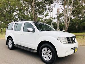 2006 Nissan Pathinder ST-L Wagon 4x4  Diesel Turbo 7Seat White Moorebank Liverpool Area Preview