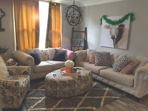 Amazing couch set lowered by $450 need gone