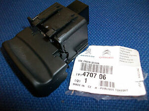 peugeot elecric hand brake switch genuine 470706. Black Bedroom Furniture Sets. Home Design Ideas