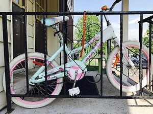 "20"" Ross girls bike like new"