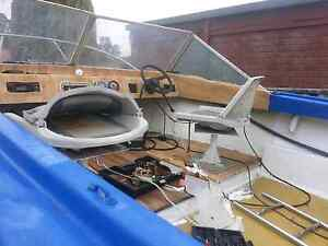 boat an trailer for sale 18f unlicensed good project Maddington Gosnells Area Preview