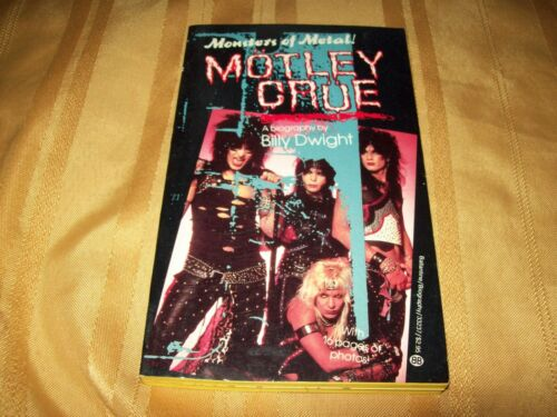MOTLEY CRUE 1986 MONSTERS OF METAL BOOK by BILLY DWIGHT RARE!