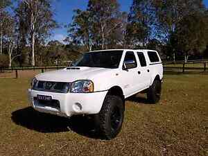 Nissan navara d22 2010 4x4 dual cab lifted turbo diesel 33 tyres Cooranbong Lake Macquarie Area Preview