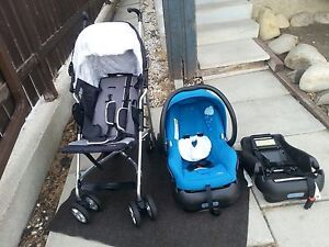 Maxi cosi Perle travel system next to new