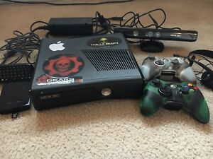Xbox 360 Slim 320 GB (Bundle)