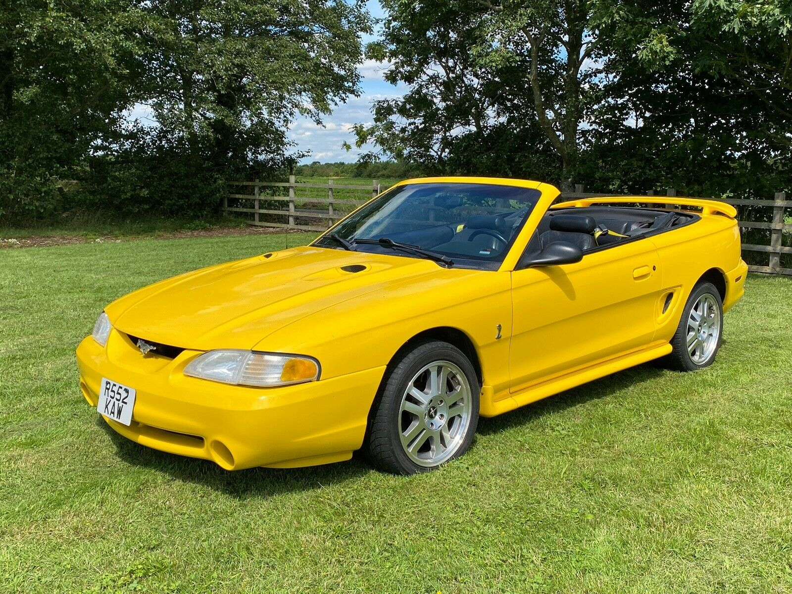 SVT-Cobra-Ford-Mustang-Convertible-1998-LHD-UK-Registered