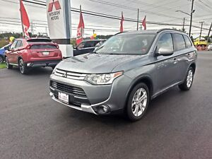 2015 Mitsubishi Outlander ES PREMIUM 4WD for only $155 bw all in