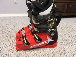 Atomic racing boots, boot size 26.5