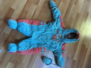 Brand name  snowsuit deux par deux
